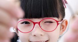 孩子近视的征兆是什么?石斛手机眼贴